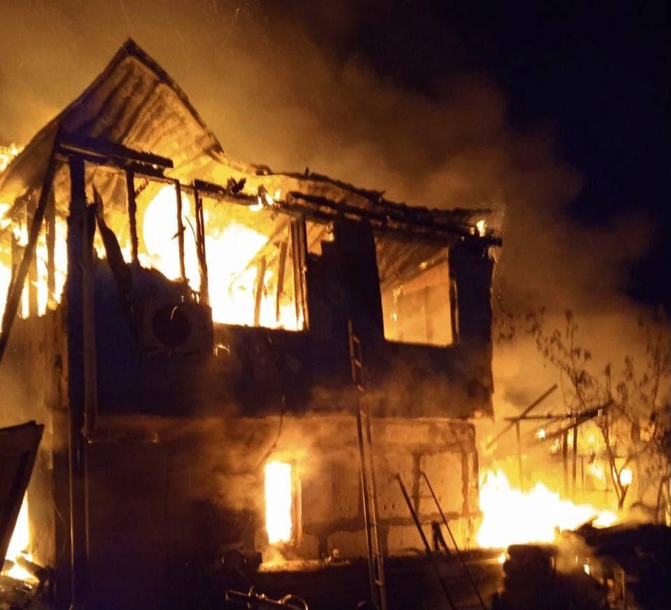 В Севастополе на пожаре погибла 6-летняя девочка