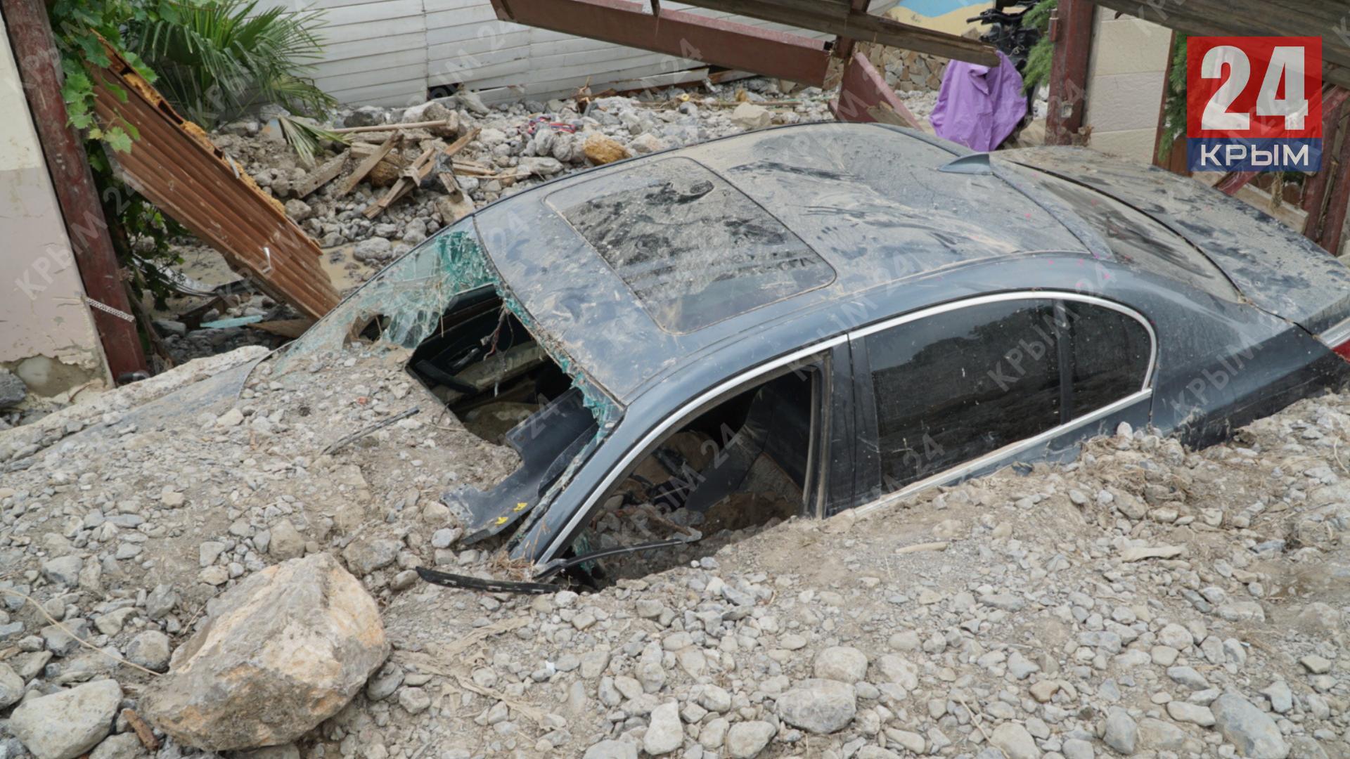 Власти Крыма составили более 800 актов повреждённого имущества из-за потопа