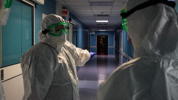 Ещё 568 человек заболели коронавирусом в Крыму за сутки