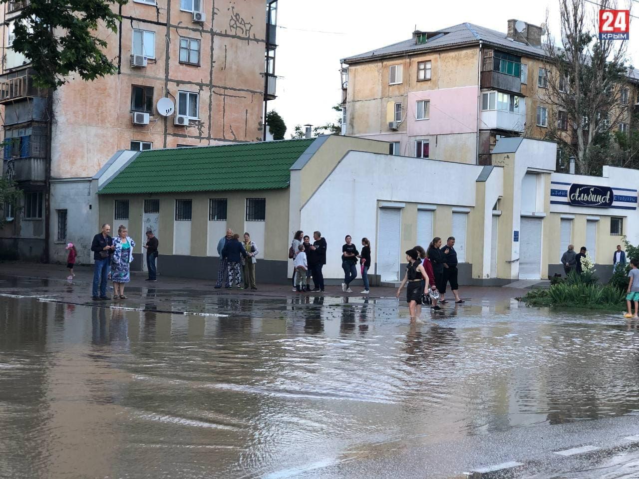 Пострадавшим от потопа жителям Керчи сегодня выплатят первые компенсации