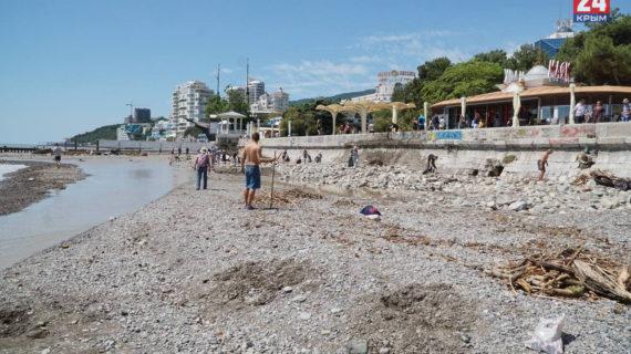 Часть пляжей в Ялте и Кореизе до сих пор остаются закрытыми