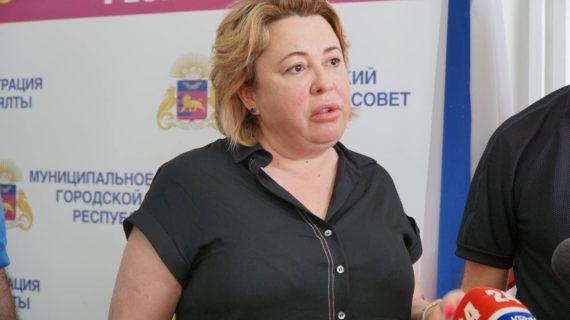Янина Павленко: «Воду ялтинцы получат с 14 часов»