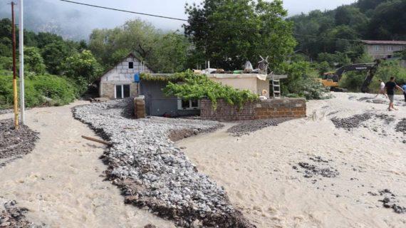 Владельцам жилья, ставшего аварийным после потопов в Крыму, выделят средства на покупку нового