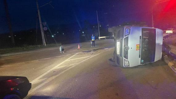 В Симферопольском районе перевернулся автобус с детьми из Севастополя. Фото, видео
