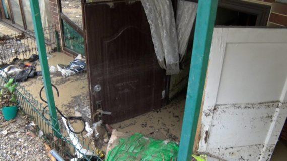 Три частных и один многоквартирный дом признаны аварийными после наводнения в Ялте