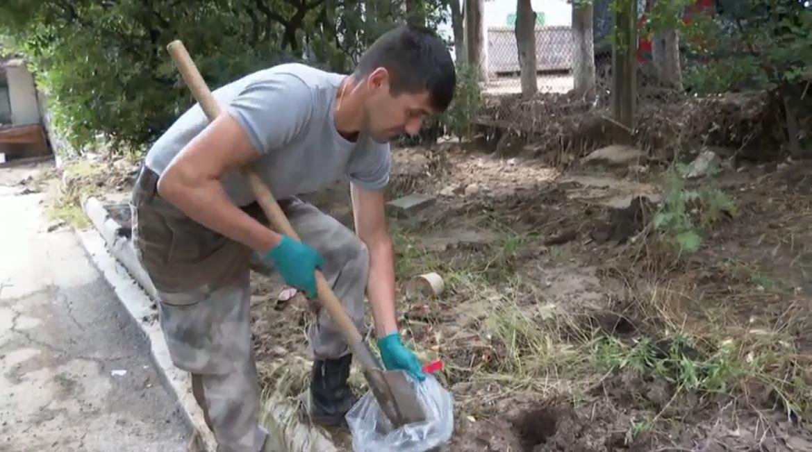 В пострадавшем из-за селевых потоков Кореизе исследуют почву на предмет загрязнения химикатами