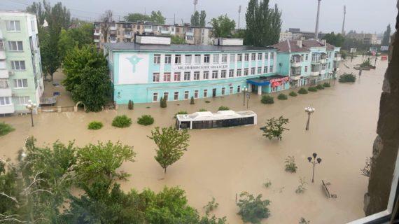 Всем поможем, никого не оставим, - Сергей Аксёнов  о пострадавших от потопа в Керчи