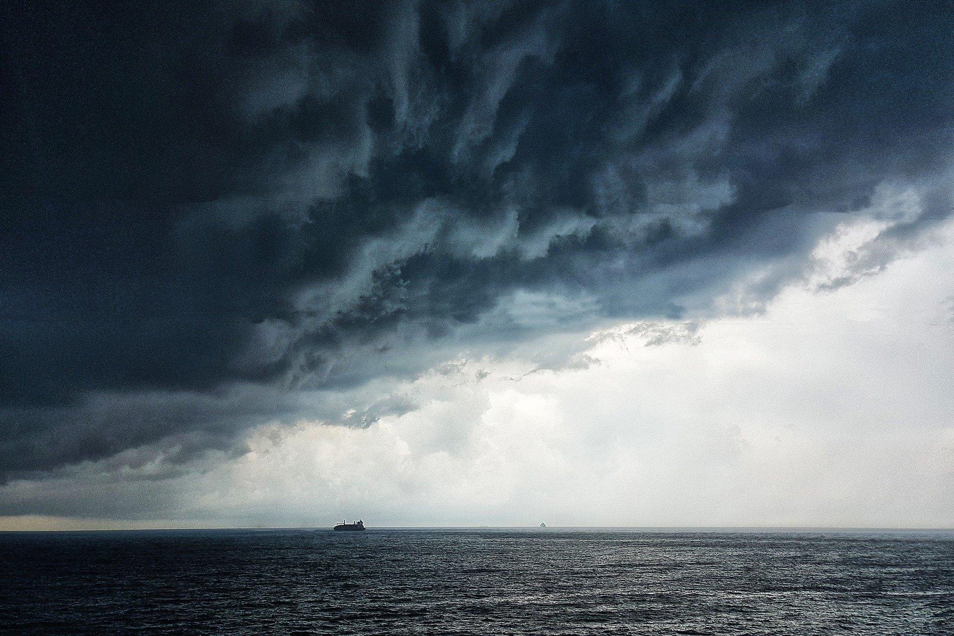 «Это открытая и спланированная провокация»: Военный эксперт прокомментировал инцидент с британским эсминцем в Чёрном море