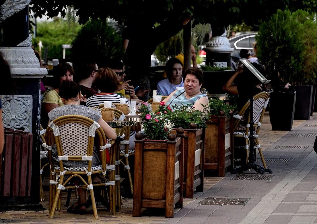 Ресторанам Крыма разрешили работать в ночное время при наличии отличительных знаков