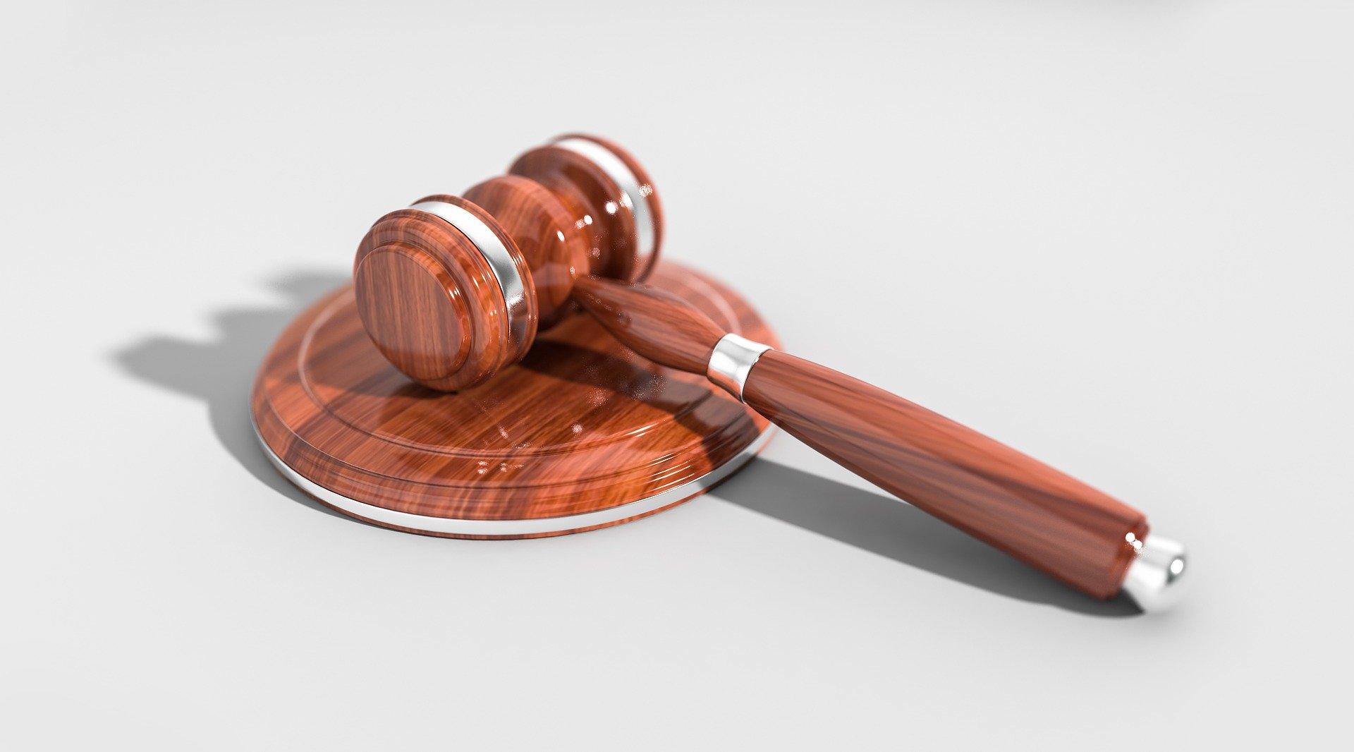 Четверо крымчан выплатят штрафы за сокрытие сведений об участнике запрещённой террористической организации