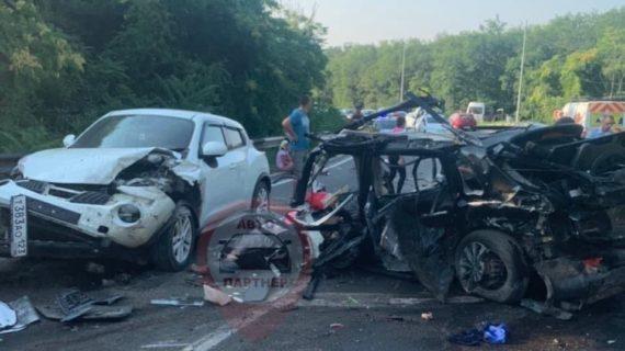 В Балаклавском районе Севастополя произошло крупное ДТП. Фото