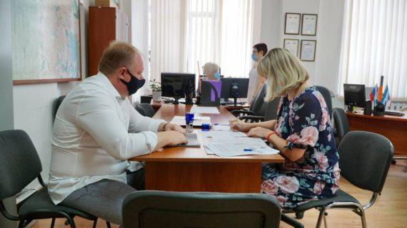 Алексей Черняк зарегистрировал свою кандидатуру на выборы в Госдуму РФ