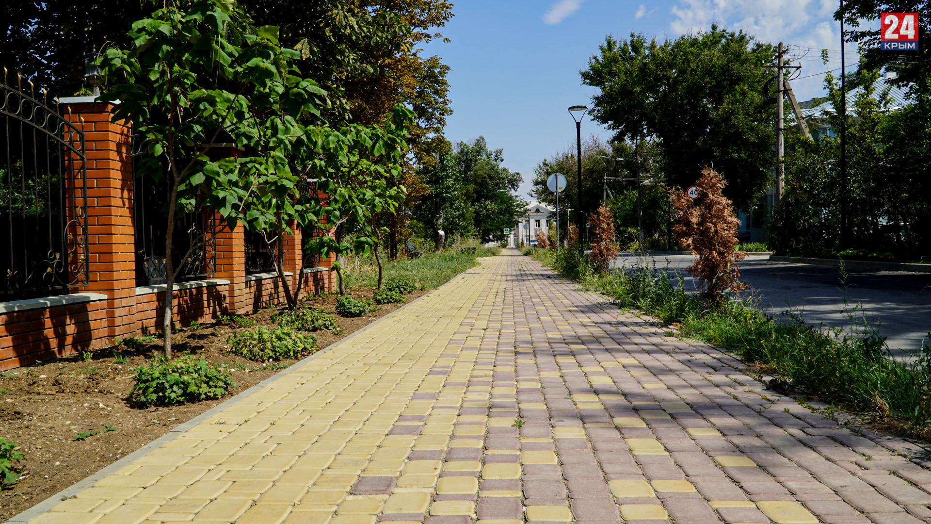 До и после: как за последние несколько лет изменились набережная и улица Курортная в Саках