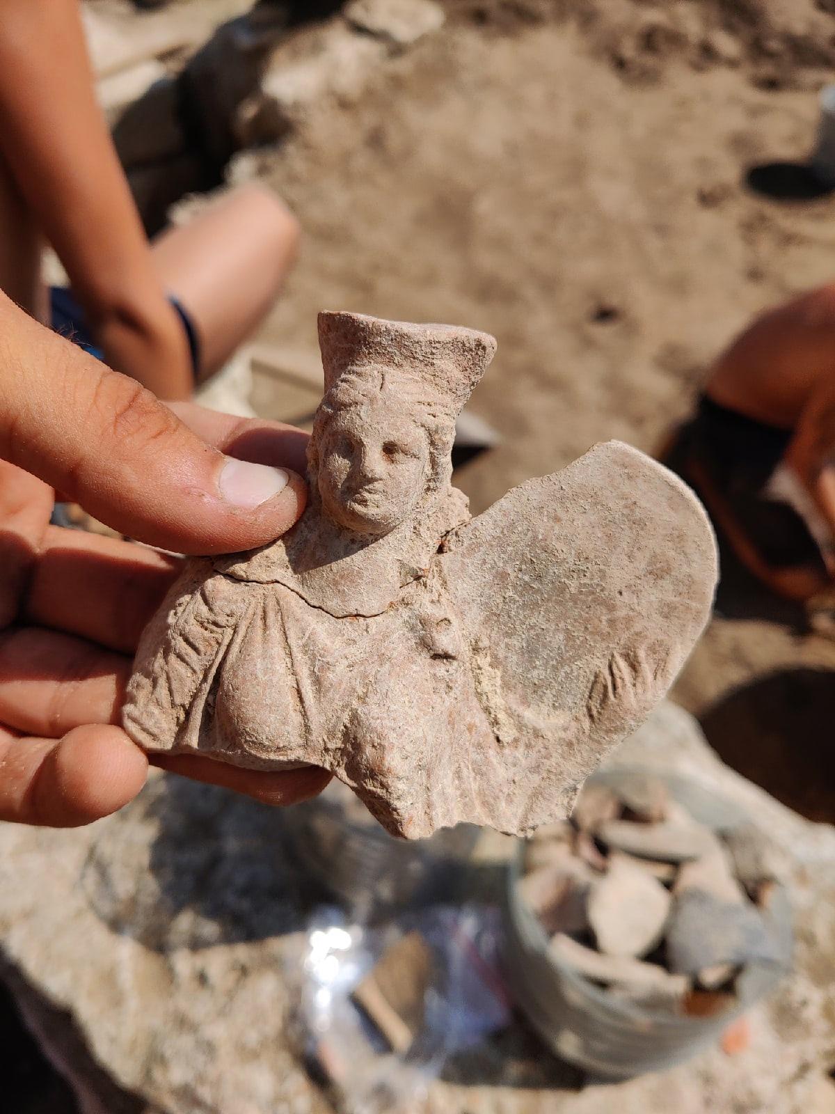 В Крыму нашли античную скульптуру Матери богов