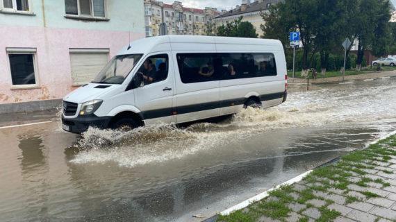 В Крыму более 18 миллионов рублей выделили пострадавшим от потопа в Керчи и Ленинском районе