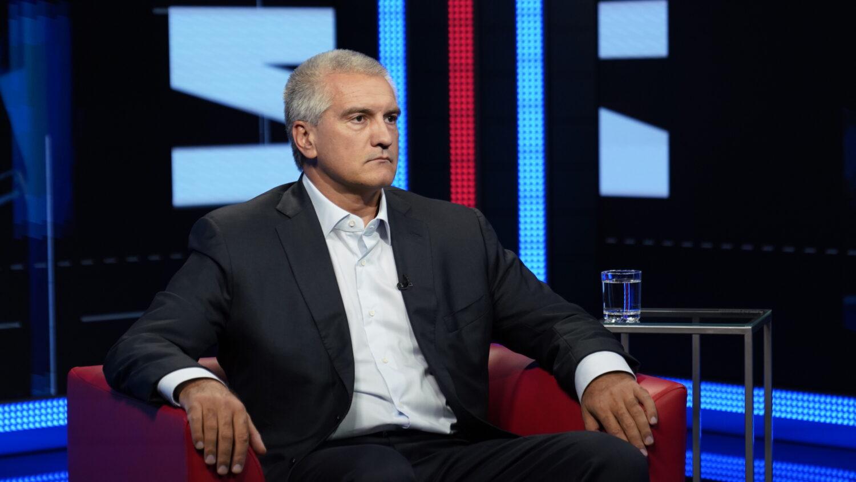 «Чем занимается отдел?»: Аксёнов недоволен работой общественного транспорта в Симферополе