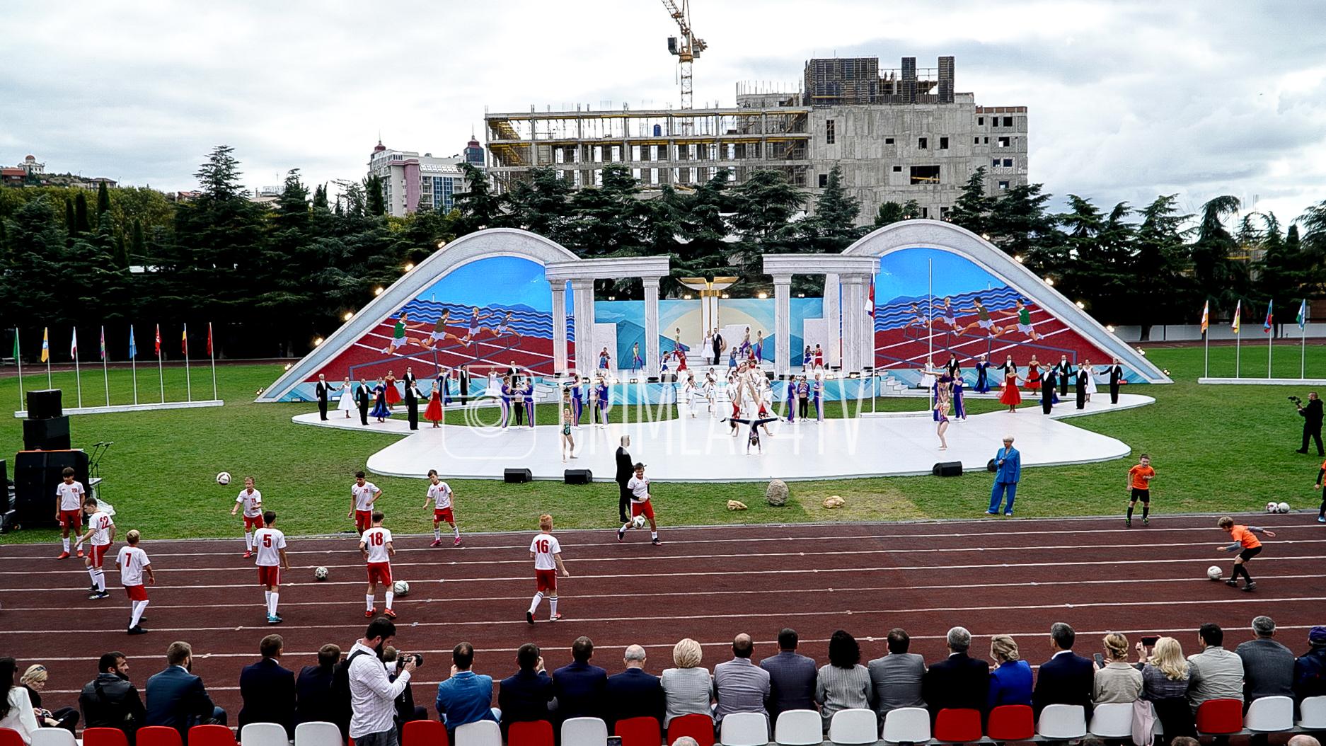 Глеб Бакши открыл фестиваль культуры и спорта народов Юга России