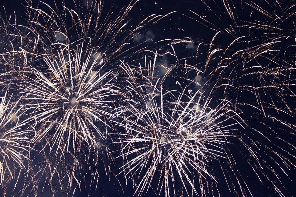 Как россияне будут отдыхать в 2022: правительство РФ опубликовало календарь праздничных и рабочих дней