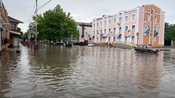 Кабмин выделил порядка 400 миллионов рублей крымчанам, пострадавшим от наводнения