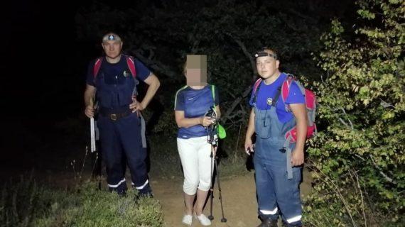 Крымские спасатели эвакуировали с горы Аю-Даг туристку из Магадана