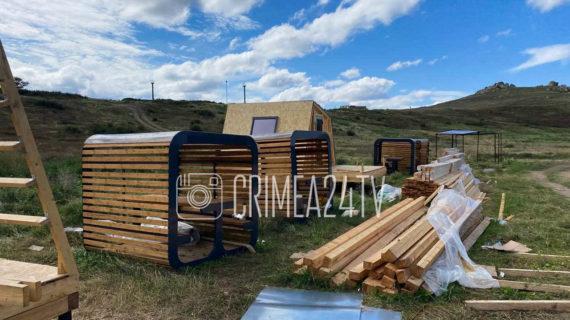 В природном парке Караларский строят глэмпинг