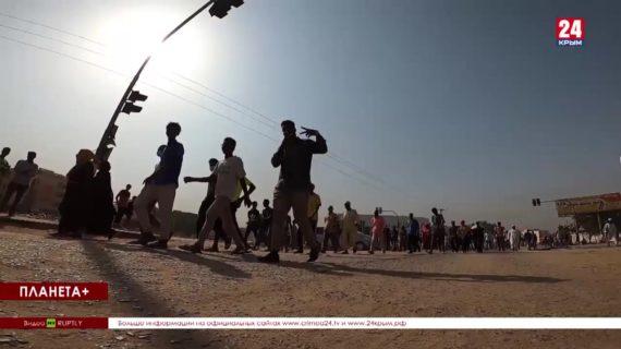 #Планета+. Коротко: Протесты в Судане, разгромленная ураганом Катания, развлечения американцев