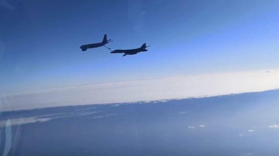 Истребители  Черноморского флота сопроводили самолёты США над Чёрным морем. ВИДЕО